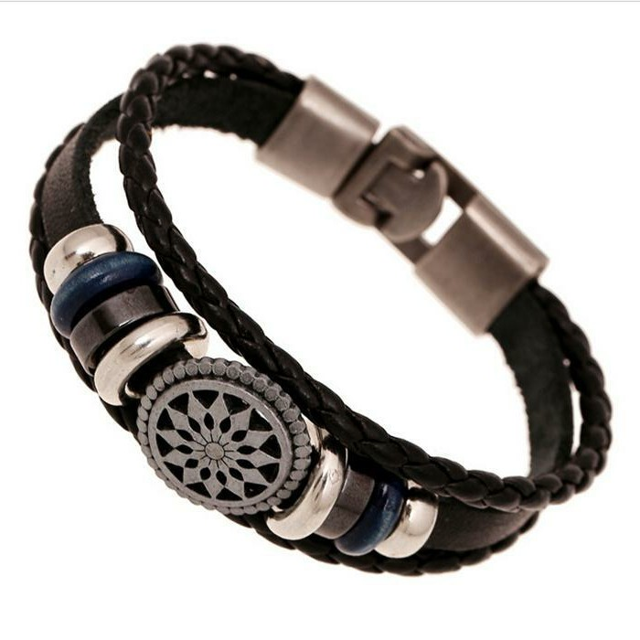 Bracelet-homme-luxe-bracelet-cuir-gourmette-argent-resized