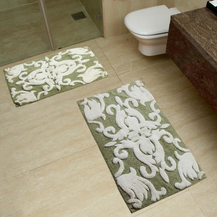 Caillebotis-salle-de-bain-tapis-de-douche-antidéparant