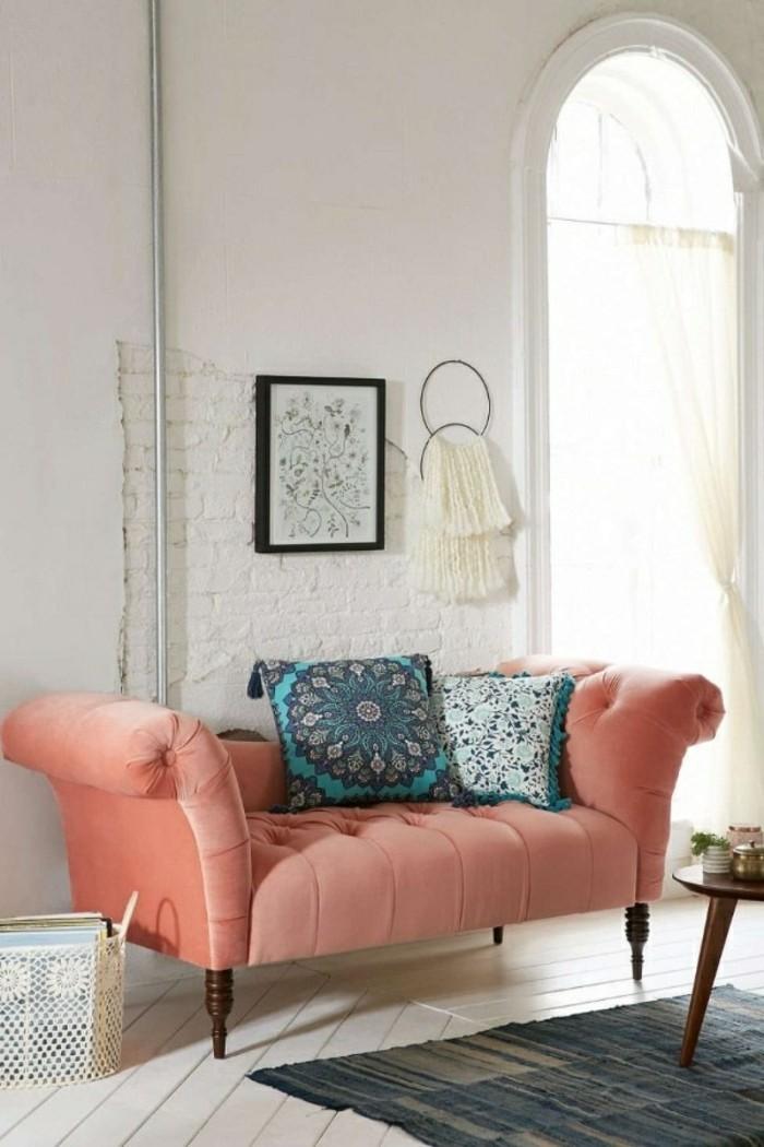 Decoration-couleur-corail-déco-corail-salon-le-canape-idee-amenagement-interieur-idee-amenagement-interieur