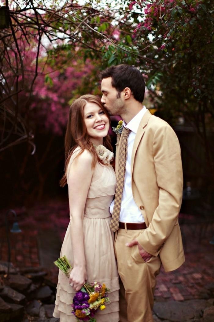 Example-robe-de-marier-robe-mariée-pas-cher-cool-idée-couple-mignon