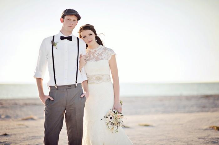 Example-robe-de-marier-robe-mariée-pas-cher-cool-idée-mariage-au-bord-de-la-mer-plage