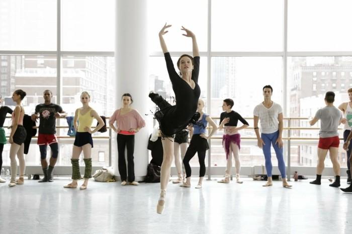 Flesh-and-Bone-étoiles-ballet-image-cool