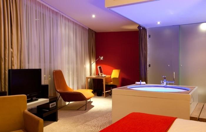 Chambre avec jacuzzi privatif pas cher lyon 20171025053434 for Hotel jacuzzi privatif lorraine