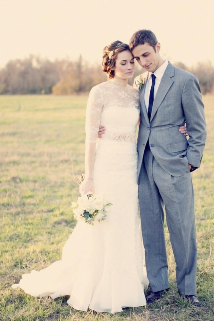Formidable-robe-mariée-robe-mariage-années-50-s-inspiration-peleuse