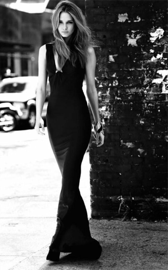 Formidable-robe-noire-chic-tenue-chic-la-mode-tendances-noir-et-blanc-photographie