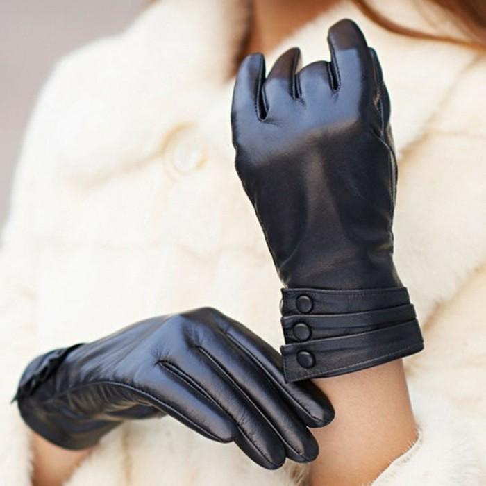 Gants-en-cuir-élégants-homme-femme-de-luxe-noirs-resized