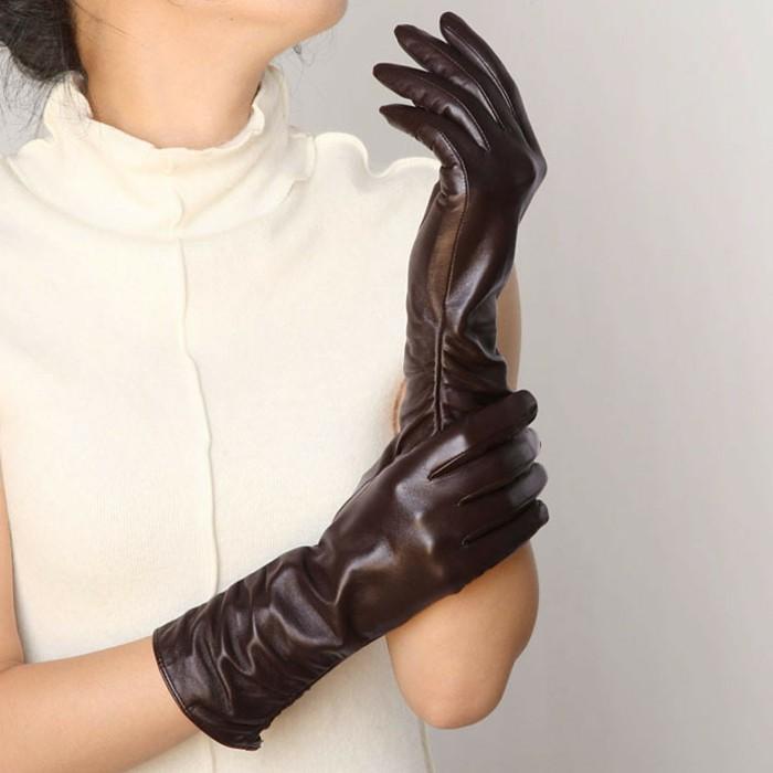 Gants-en-cuir-femme-bruns-conduite-accessoire-resized