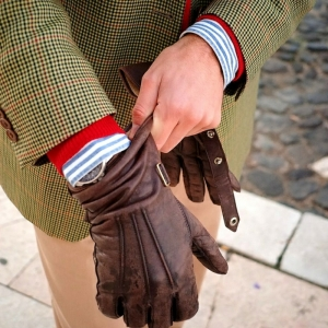 Les gants en cuir, accessoire et nécessité - 47 photos pour votre inspiration