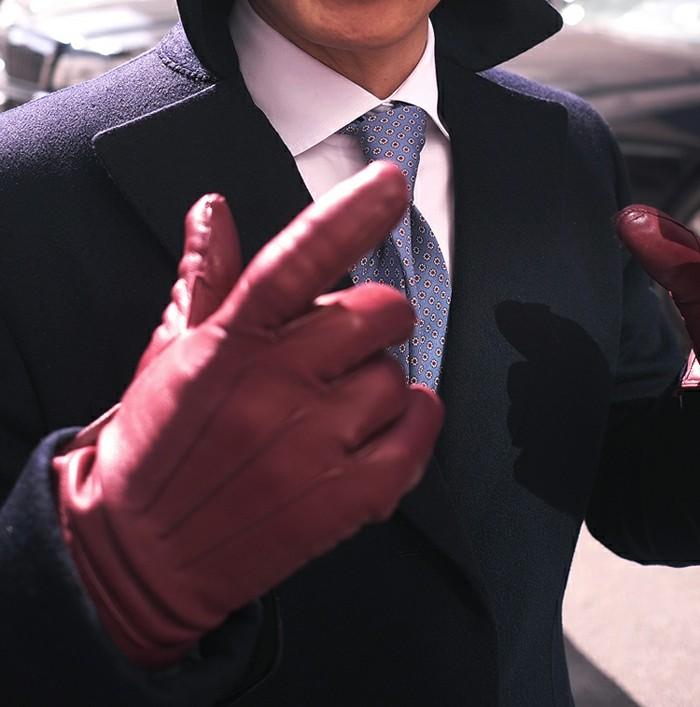 Gants-en-cuir-rouges-costume-style-mitaines-noirs-bruns-resized