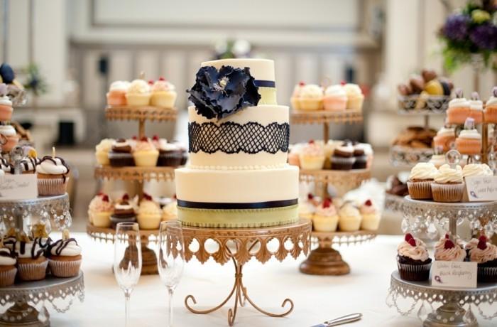 Incroyable-image-de-gâteau-d-anniversaire-image-de-gateau-beau-mariage