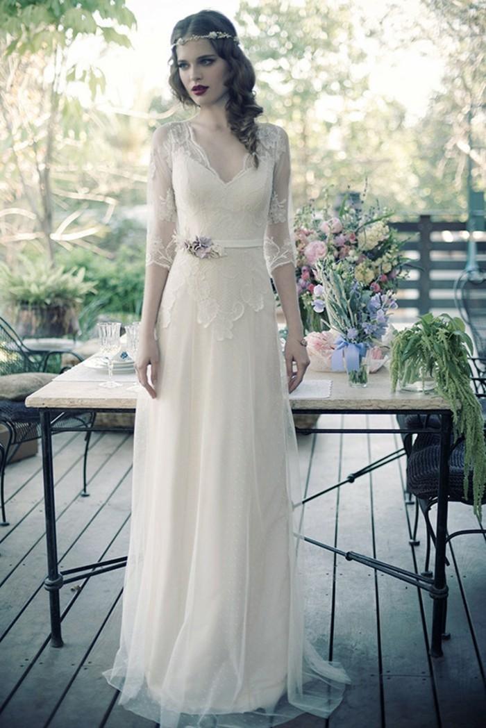 Les-robes-de-mariage-robe-mariée-dentelle-chic-idée-colant-robe-de-mariee-vintage-robe-de-mariée