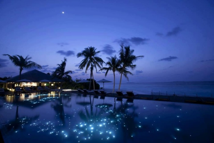 Maldives-At-Night-Full-moon-night-on-the-small-island-Huvafen-Fushi-resized