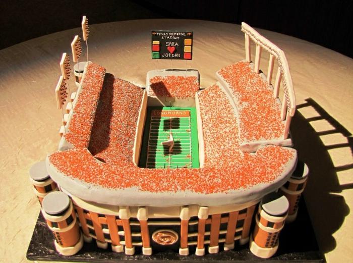 Photo-images-de-gâteaux-image-gâteau-anniversaire-manger-stade