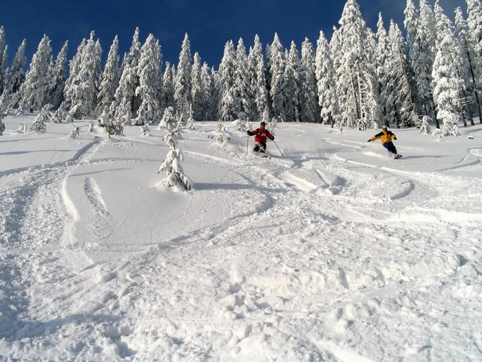 Sejour-ski-romania-ski-séjour-snowboard-vacances-ressorts-pas-cher