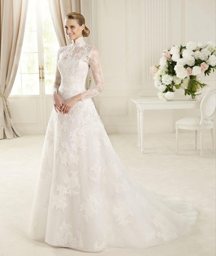 Une-rêve-robe-de-mariée-manche-longue-robes-mariage-longue