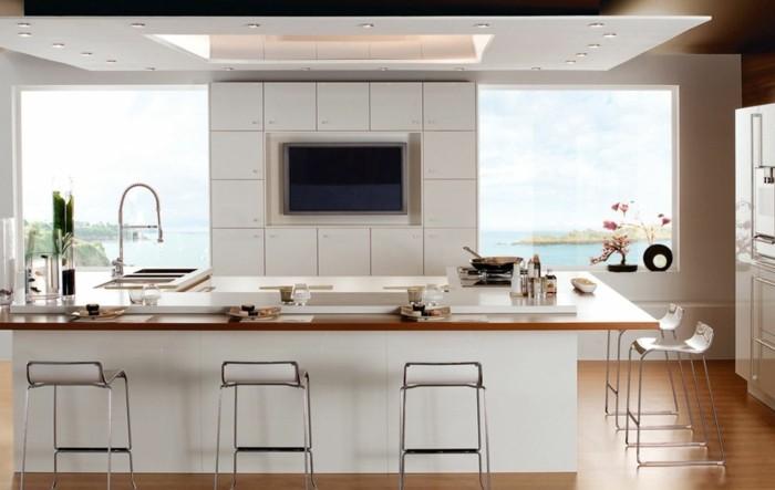 Cool idée pour les plus petites cuisines en blanc