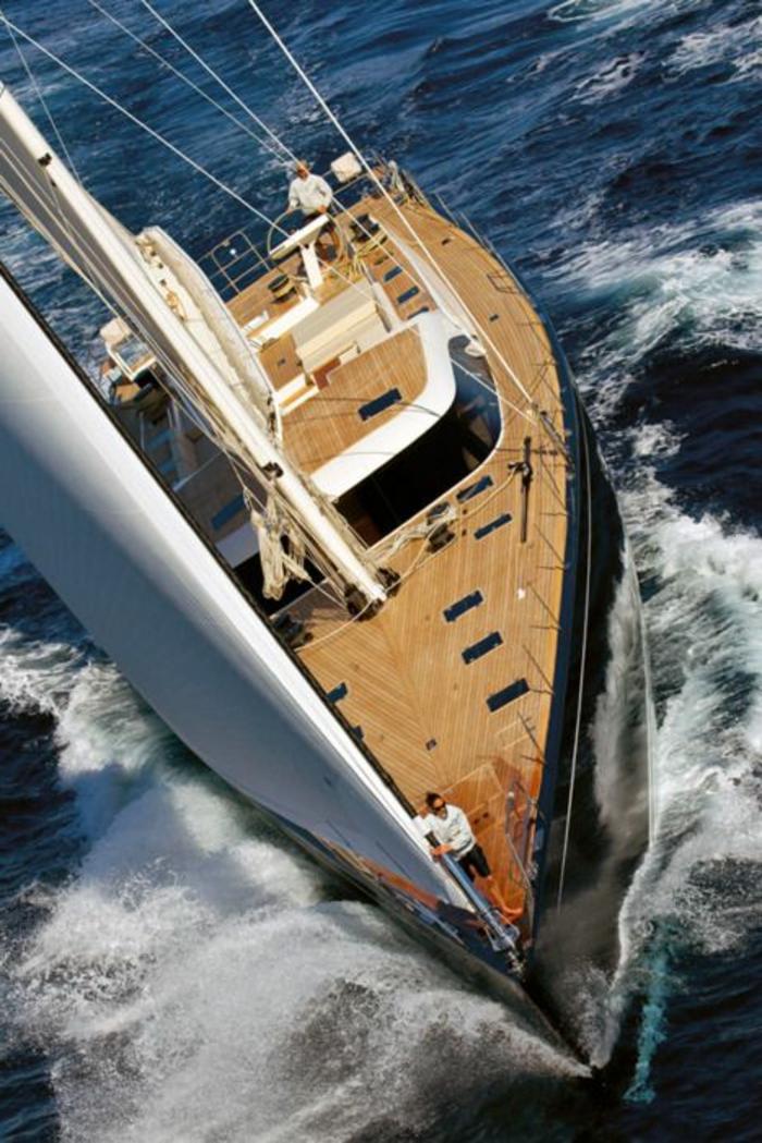 bateau-yot-de-luxe-yot-luxe-yaute-bateau-exterieur-de-luxe-yacht-de-luxe