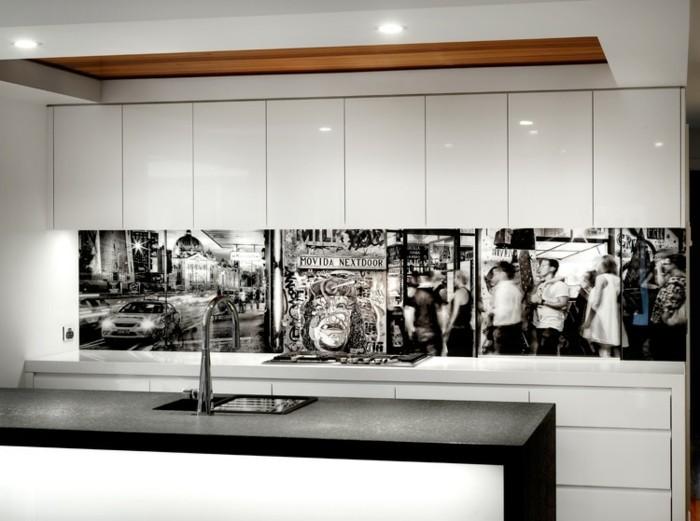 Une cr dence cuisine voyez les meilleurs id es - Carrelage cuisine noir et blanc ...