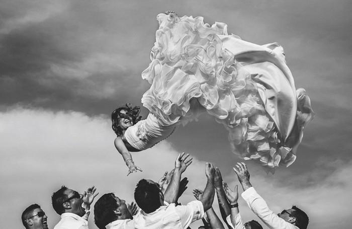 belle-couple-album-photo-de-mariage-original-noir-et-blanc
