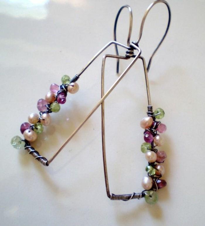 bijou-artisanal-bijou-artisanal-creer-ses-bijoux-presentoir-bijou-fait-main-jolie-idee