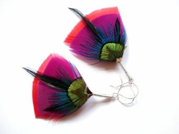 boucle-d-oreille-plume-de-paon-original-coloré_pour-les-filles-qui-aiment-la-mode