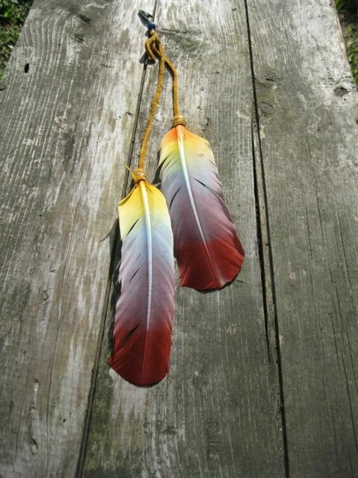 boucle-d-oreille-plume-jaune-rouge-pour-les-filles-modernes-qui-aiment-la-mde