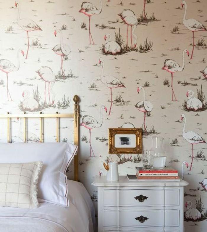 chambre-a-coucher-de-couleur-beige-avec-papiers-peints-design-guild-beige