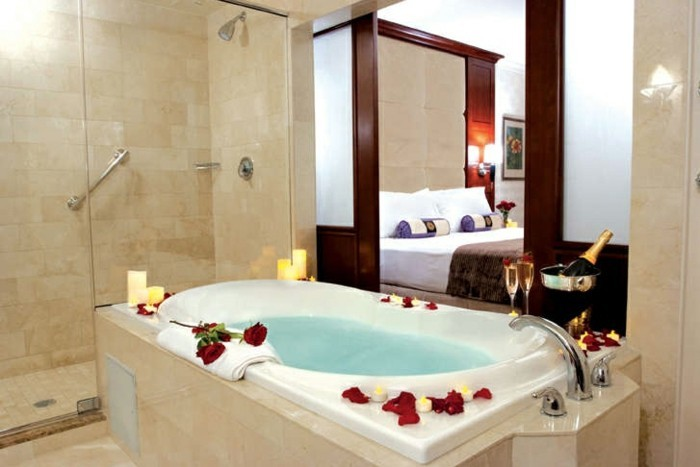 Awesome belle chambre romantique ideas for Chambre avec jacuzzi privatif normandie
