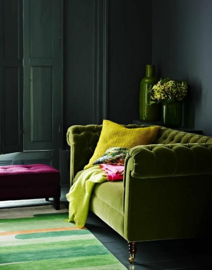 chambre-style-baroque-fauteuil-baroque-pas-cher-de-couleur-vert-pour-le-salon