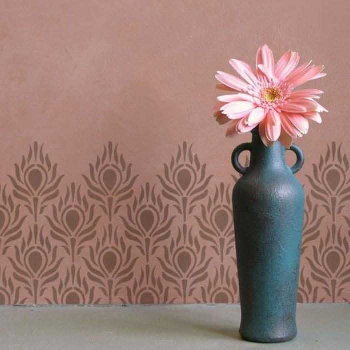 chantemur-papier-peint-rose-fonce-chic-fleurs-roses-idee-pour-deco-chambre-murale