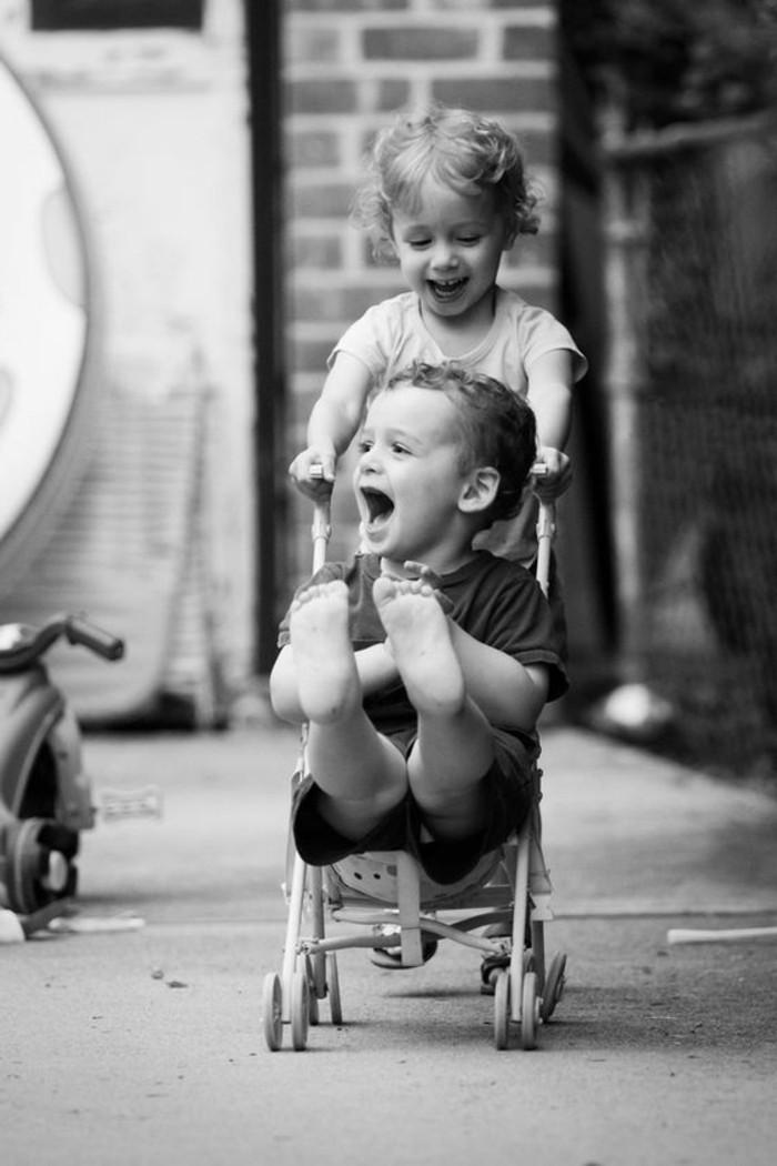 chouette-photographie-artistique-noir-et-blanc-bebe-mignon