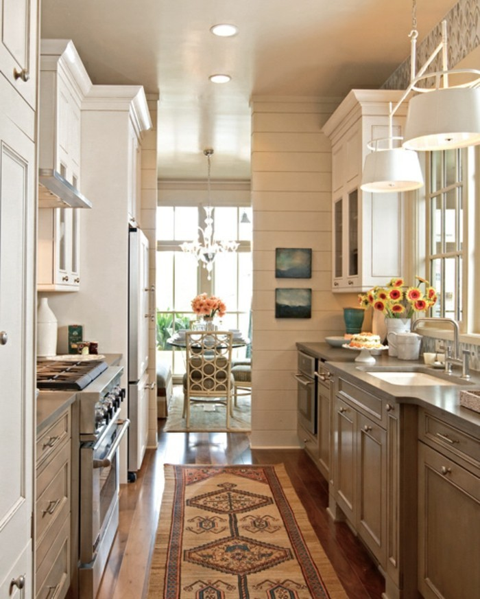 couloir-aménager-une-petite-cuisine-astuces-aménager-une-petite-cuisine