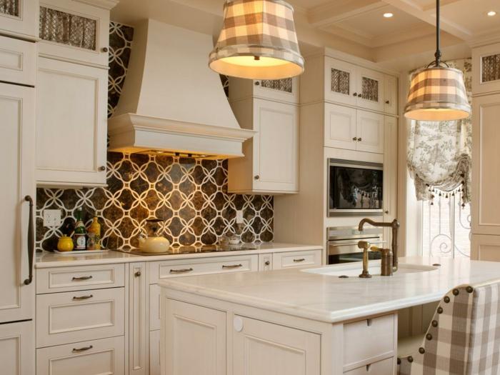 Une cr dence cuisine voyez les meilleurs id es - Revetement mural cuisine adhesif ...