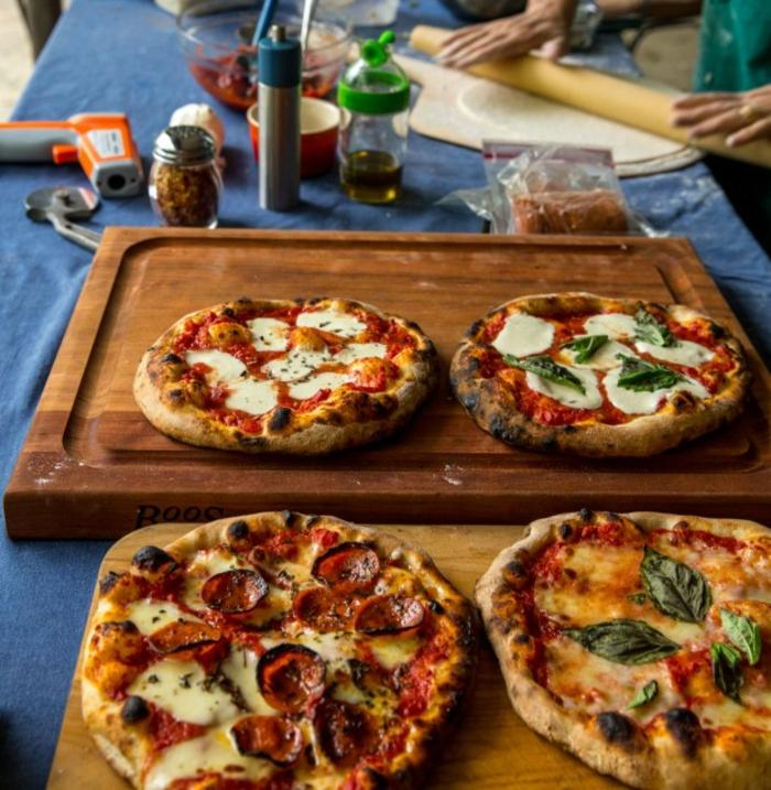 délicieuse-pizza-meilleur-pizza-paris-taverne-pizzeria-quatro-fromagi