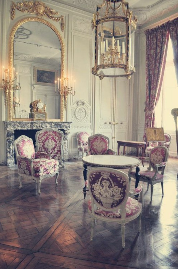 great idees d chambre chambre baroque rose with decoration chambre baroque. Black Bedroom Furniture Sets. Home Design Ideas