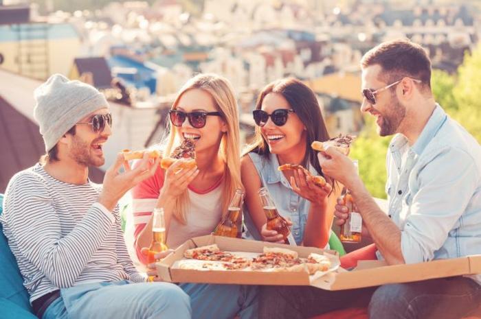 divin-pizza-diner-meilleur-pizzeria-toulouse-restaurants-pizza-party