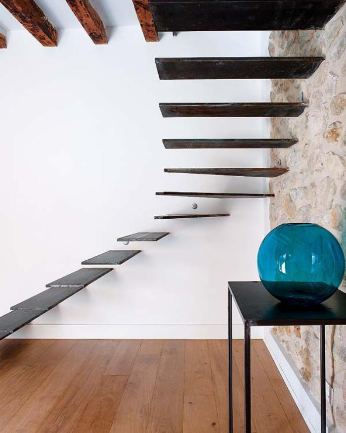 escalier-suspendu-design-stupéfian-d'escalier-flottant