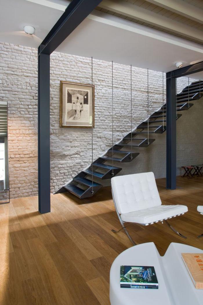 escalier-suspendu-en-fer-design-moderne-d'escalier-flottant