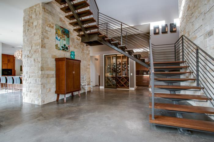 escalier-suspendu-escalier-moderne-design-bois-et-fer