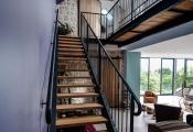 Designs d'escalier suspendu – le look du loft moderne