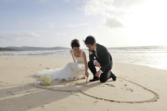 formidable-coiffure-chignon-mariage-chignon-mariage-2015-sable-plage-mer