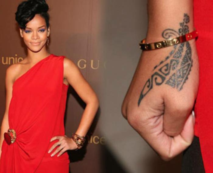 formidable-tatouage-poignet-douleur-tatouage-plume-poignet-invisible-rihanna