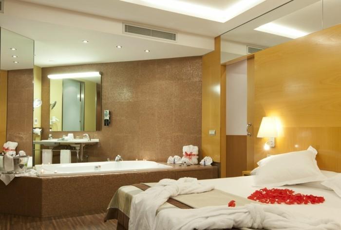 hotel-jacuzzi-privatif-chambre-avec-jacuzzi-hotel-en-amoureux-coeur
