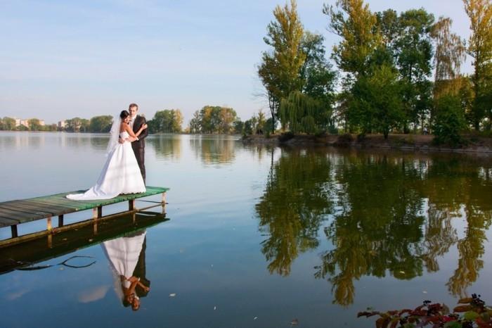 idees-mariage-photo-original-mariage-blog-deco-mariage-au-bord-d-un-lac