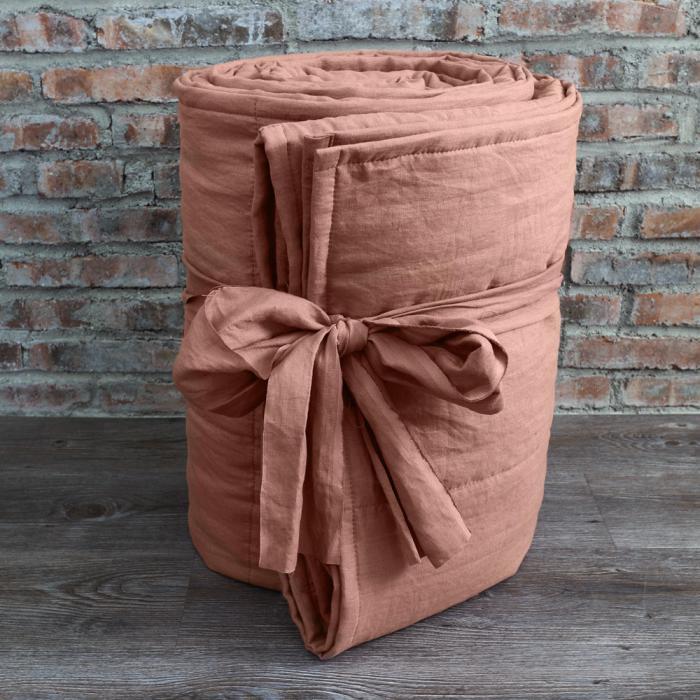 jeté-de-lit-couleur-douce-et-belle-couverture-chaude