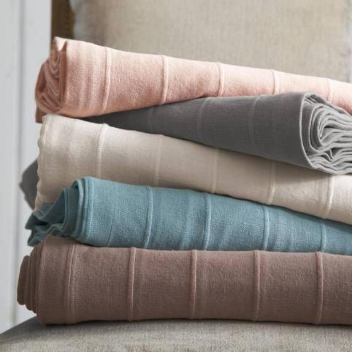 jeté-de-lit-des-couvre-lit-cosy-et-beaux