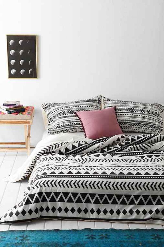 jeté-de-lit-graphique-en-noir-et-blanc