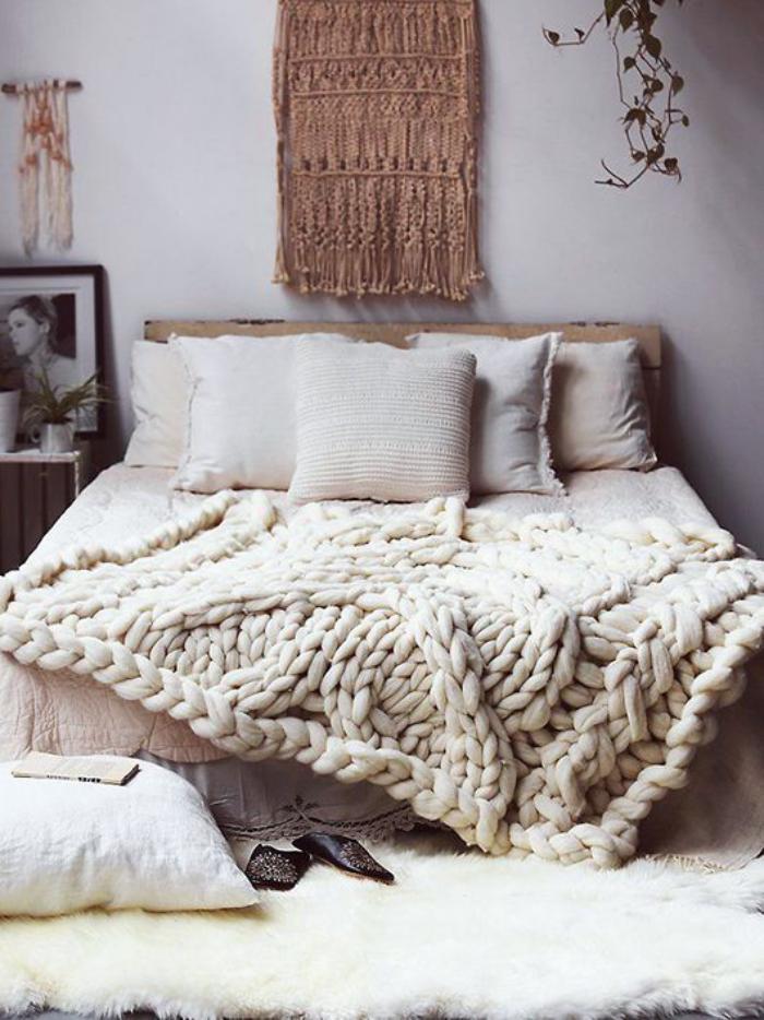 jeté-de-lit-impressionnant-tricot-laine-grosse-maille