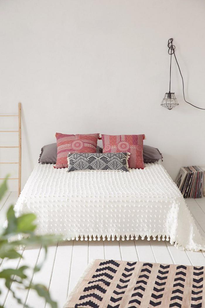 jeté-de-lit-piqué-blanc-chambre-à-coucher-simple-déco-rustique-chic
