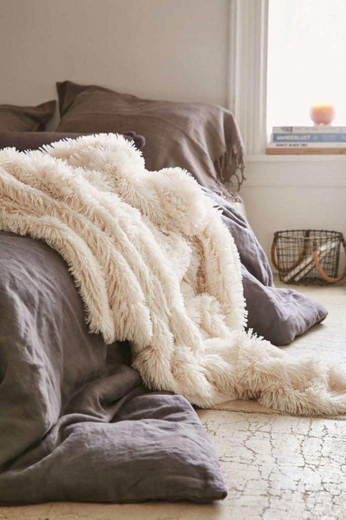 jeté-de-lit-plaid-pour-lit-en-fausse-fourrure
